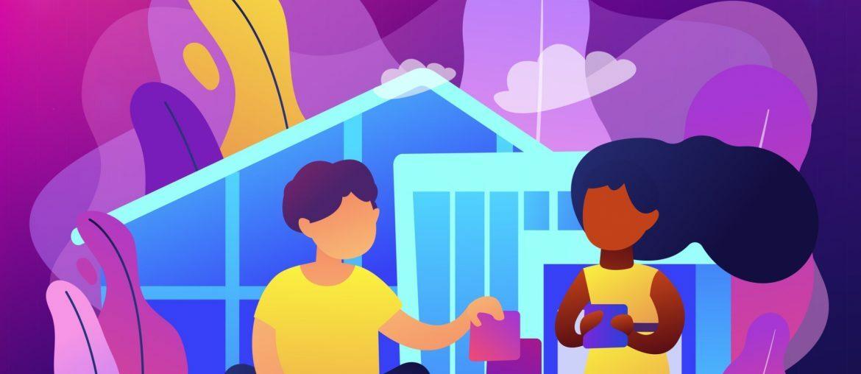 Na imagem, duas crianças aparecem brincando em frente a uma casa.