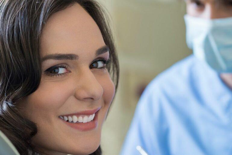O que é dentística?