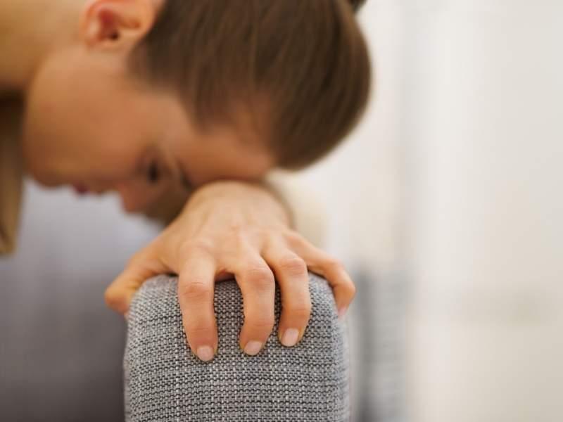 Mulher durante crise de ansiedade e pânico.